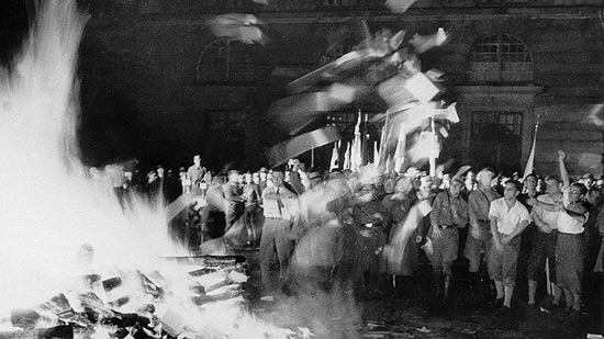 LOMACA-10-MAJ-1933