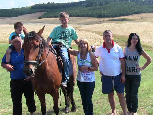 Pobednik-trka-konja14
