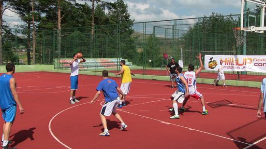 hillsUp-basket14-8