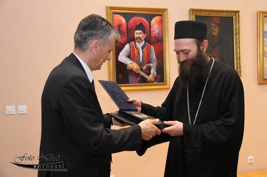 """Igumanu Metodiju uručena """"Zlatiborska povelja"""""""