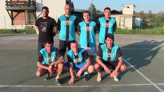 Šampioni - ekipa Adađo