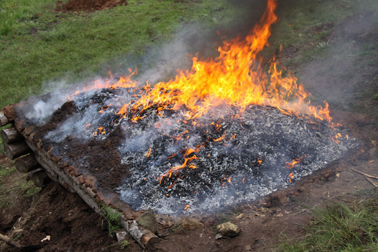 Vatra se razgorela